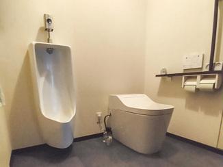 トイレリフォーム 丈夫でお手入れしやすいトイレ
